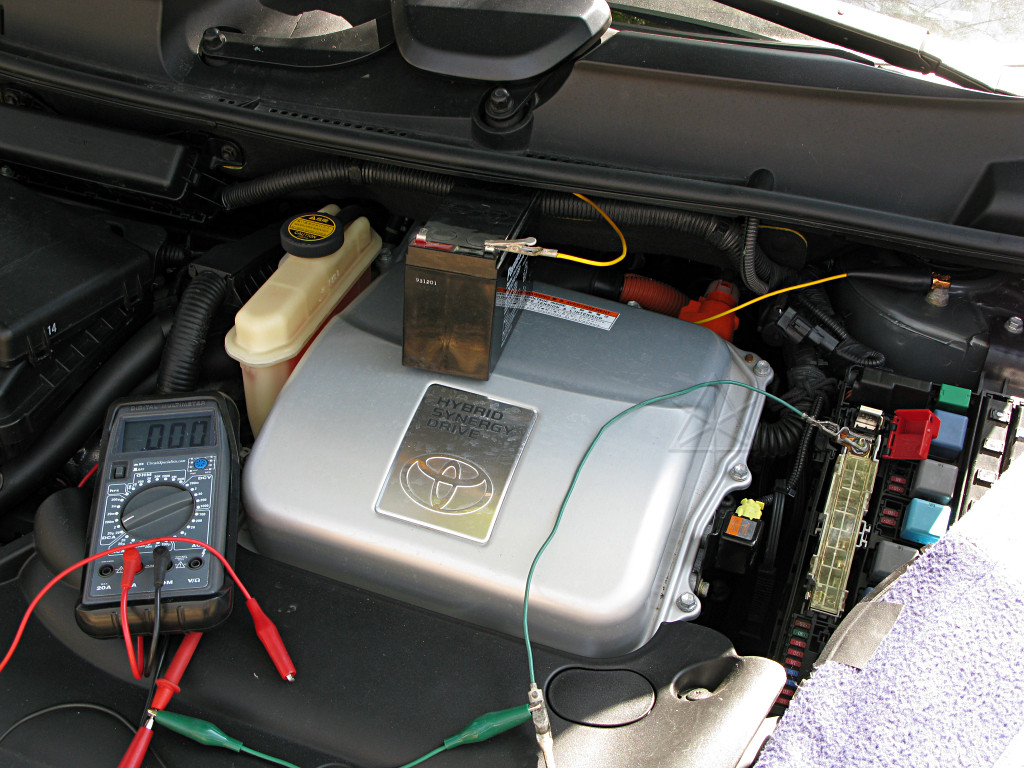 how to jump a car battery with a prius
