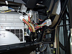 Watch additionally Mazda 5 Power Door Lock Diagram further Jenna Dewan Eye Color together with 150047 120   Fuse Replacement additionally Replace. on toyota prius fuse diagram