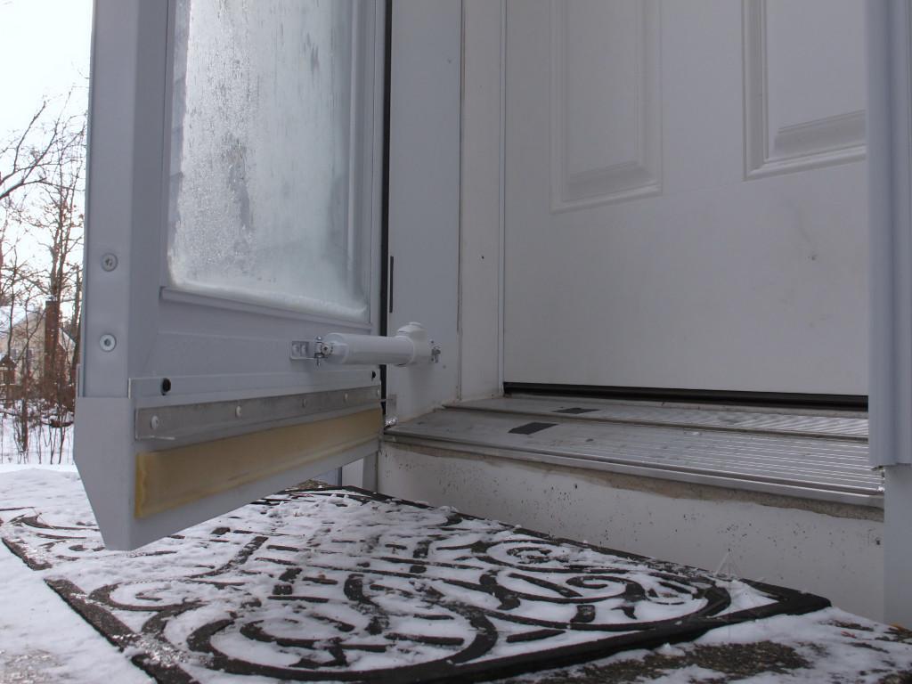 Storm Door Extender Flange & Door Extender Bottom \u0026 Wood Under Door Sill Is Rotted - Building ... Pezcame.Com